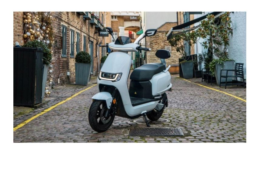 125er Elektroroller 80KM h Speedy 2.0 weiss Motorroller Bild 2