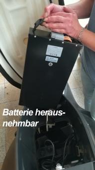 Elektroroller / E-Roller Hawk 3000 LI schwarz/rot Lithium-Akku 3000W Bild 8